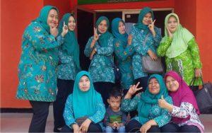 ibu-ibu pkk